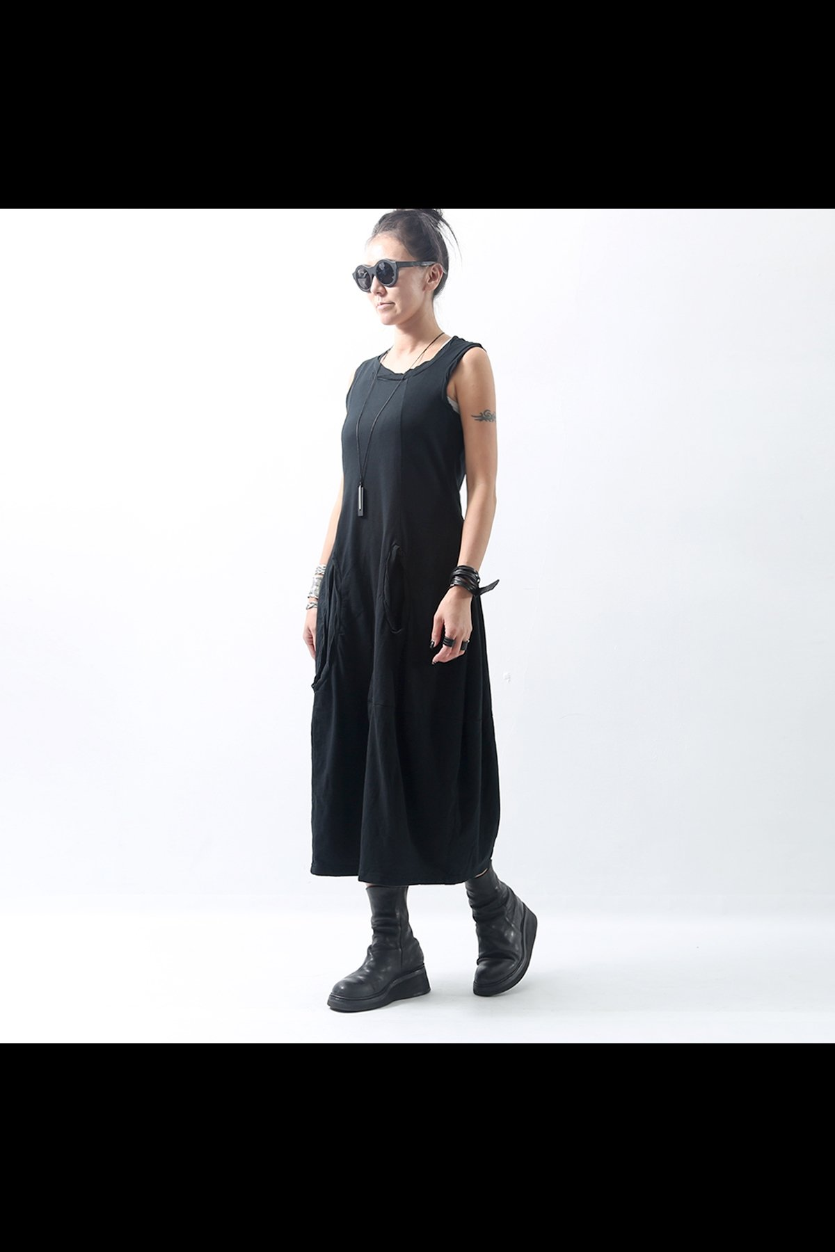 SLEVELESS STRETCH DRESS 328 0922_BLACK