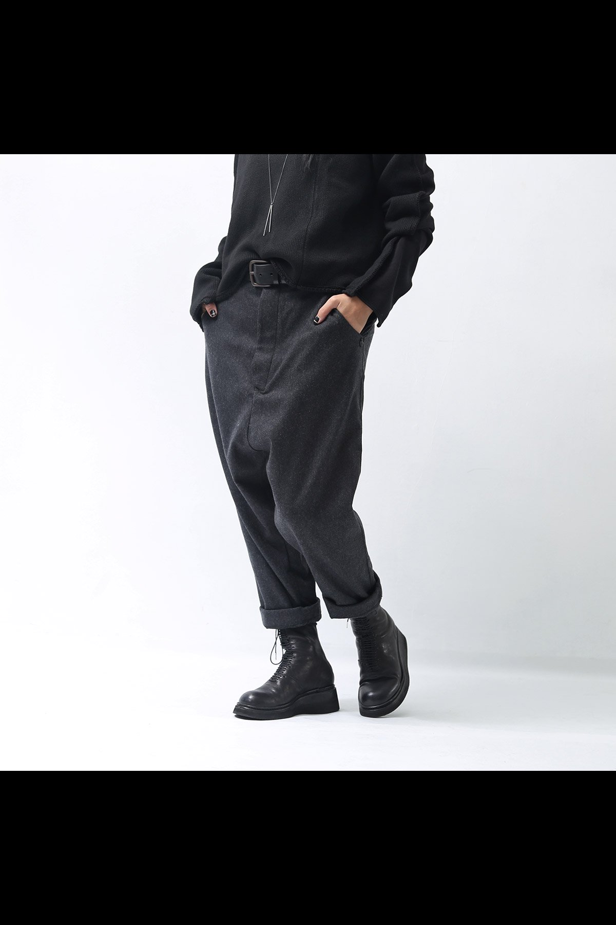<img class='new_mark_img1' src='https://img.shop-pro.jp/img/new/icons8.gif' style='border:none;display:inline;margin:0px;padding:0px;width:auto;' />LOW CROTCH PANTS P28_SALE PEPE