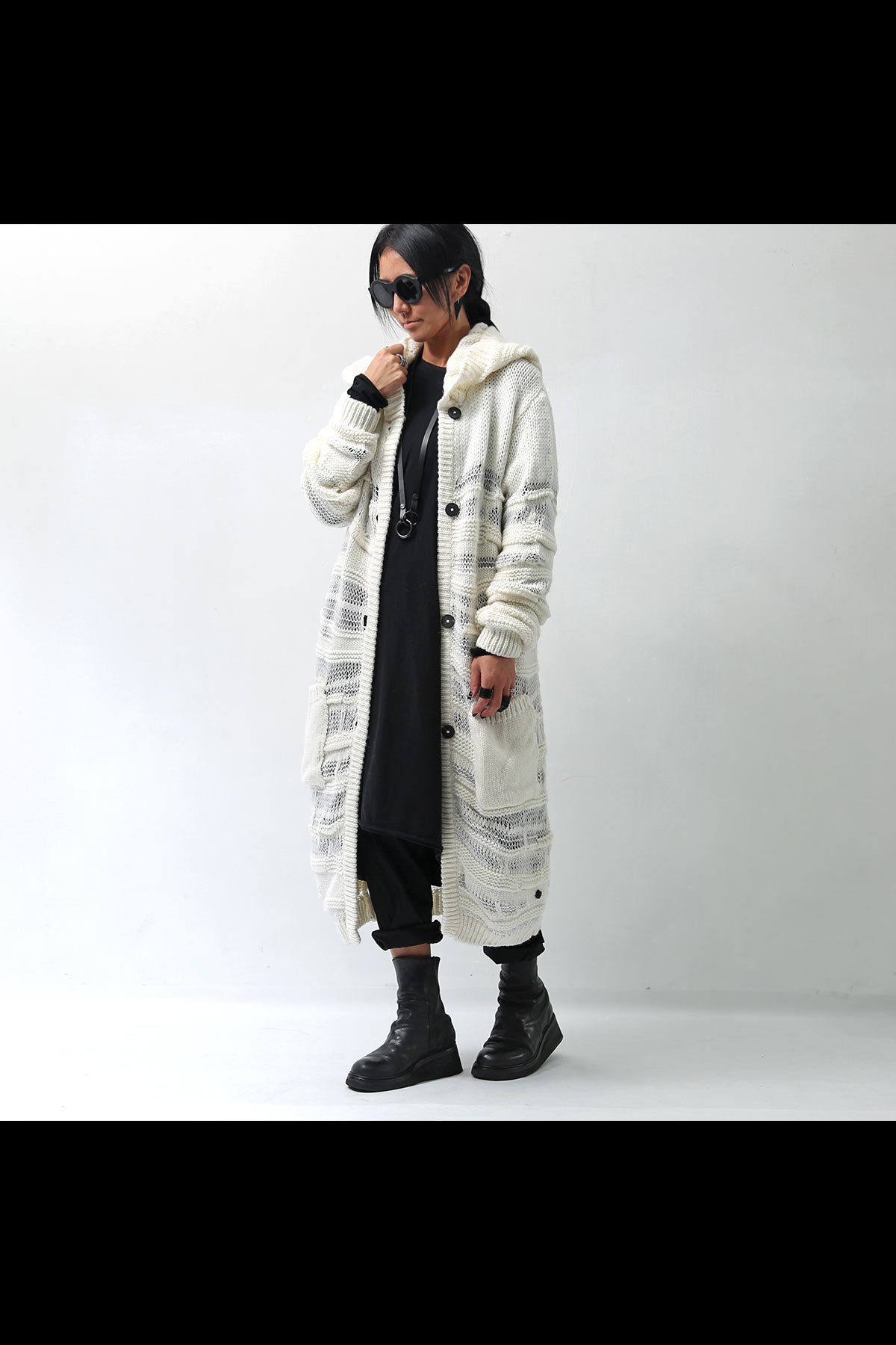 <img class='new_mark_img1' src='https://img.shop-pro.jp/img/new/icons8.gif' style='border:none;display:inline;margin:0px;padding:0px;width:auto;' />KNIT LONG CARDIGAN M02_BIANCO