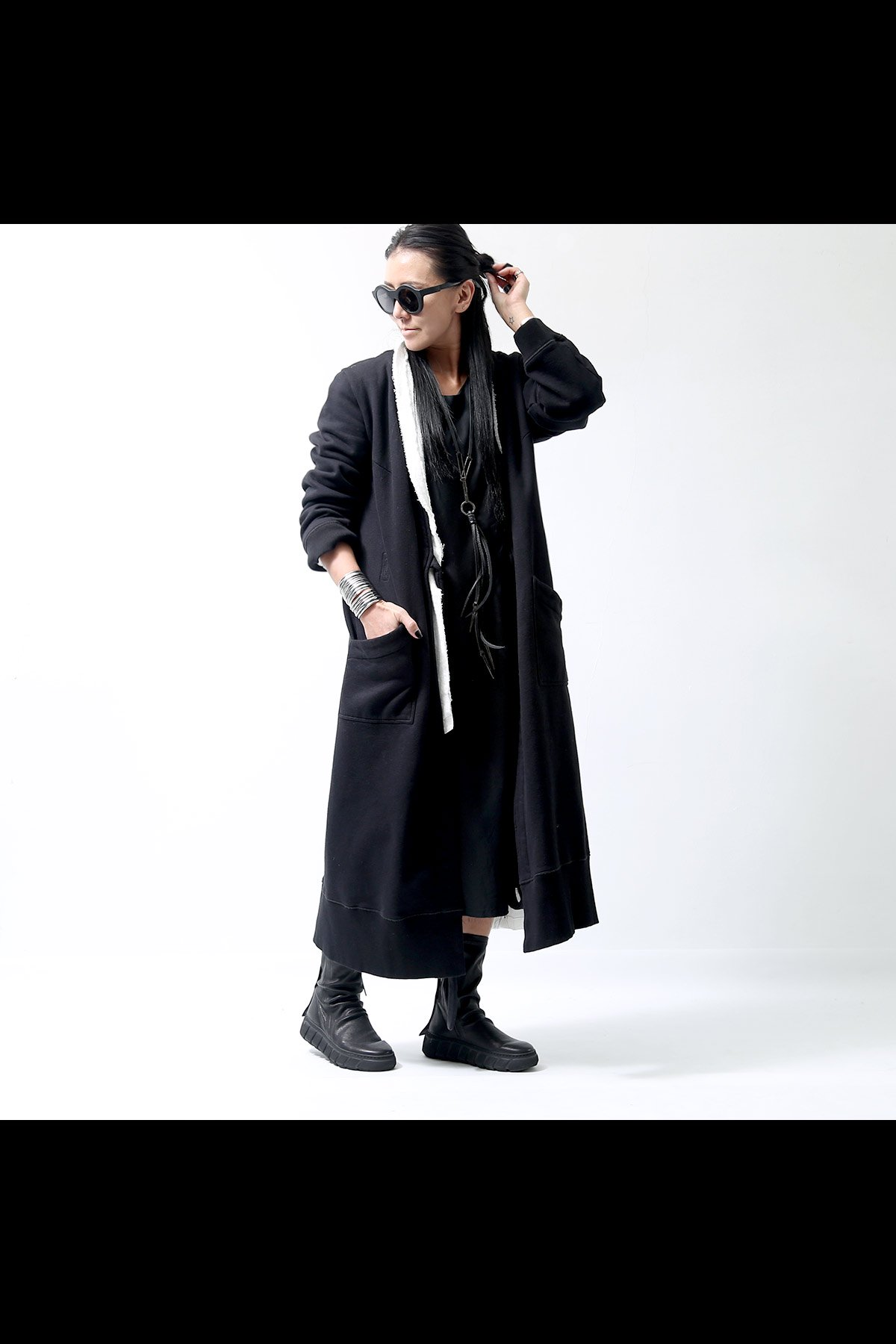 MM6 Maison Margiela_UNISEX SWEAT LONG CARDIGAN S52AA0055_BLACK