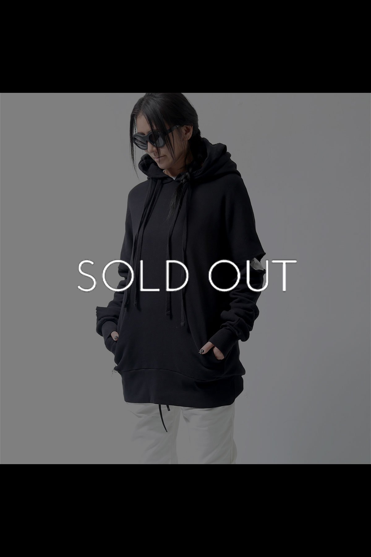 <img class='new_mark_img1' src='https://img.shop-pro.jp/img/new/icons8.gif' style='border:none;display:inline;margin:0px;padding:0px;width:auto;' />DESTROY CRASH HOODIE MS73_BLACK