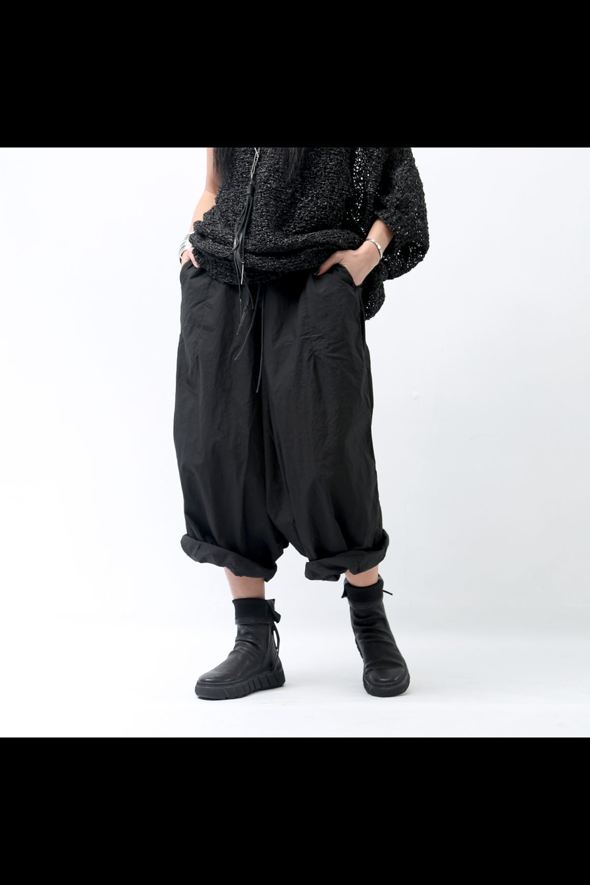 RUNDHOLZ DIP WIDE SARROUEL PANTS 253 0102_BLACK