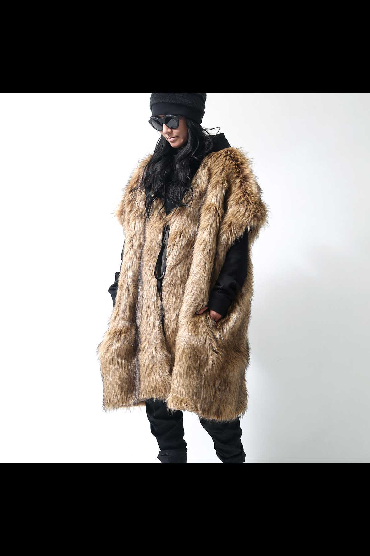 <img class='new_mark_img1' src='https://img.shop-pro.jp/img/new/icons56.gif' style='border:none;display:inline;margin:0px;padding:0px;width:auto;' />ECO FUR WOLF LONG GILET RXP-20_NATURAL
