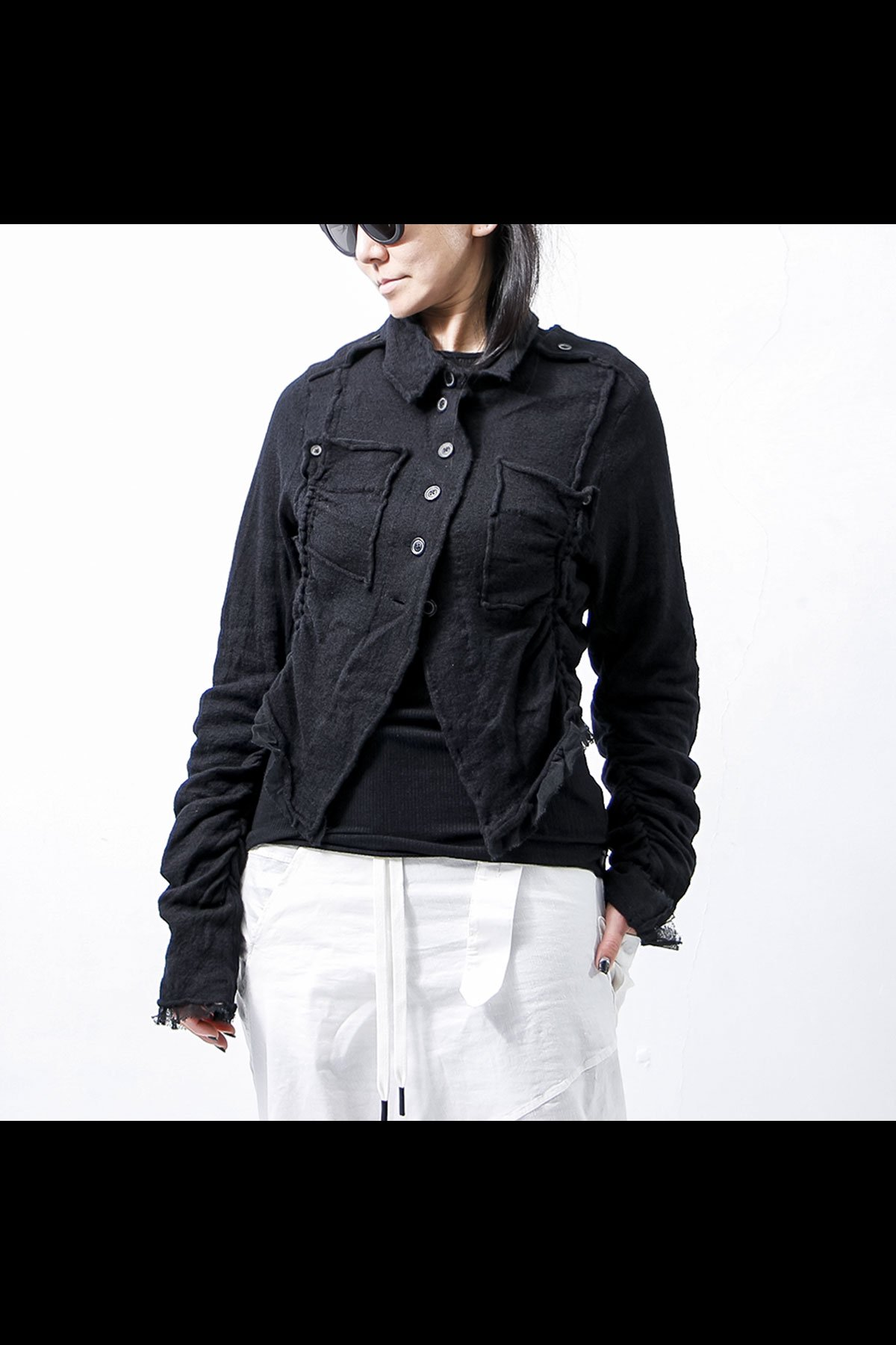 <img class='new_mark_img1' src='https://img.shop-pro.jp/img/new/icons8.gif' style='border:none;display:inline;margin:0px;padding:0px;width:auto;' />SPRING KNIT SHORT JACKET 268 7103_BLACK