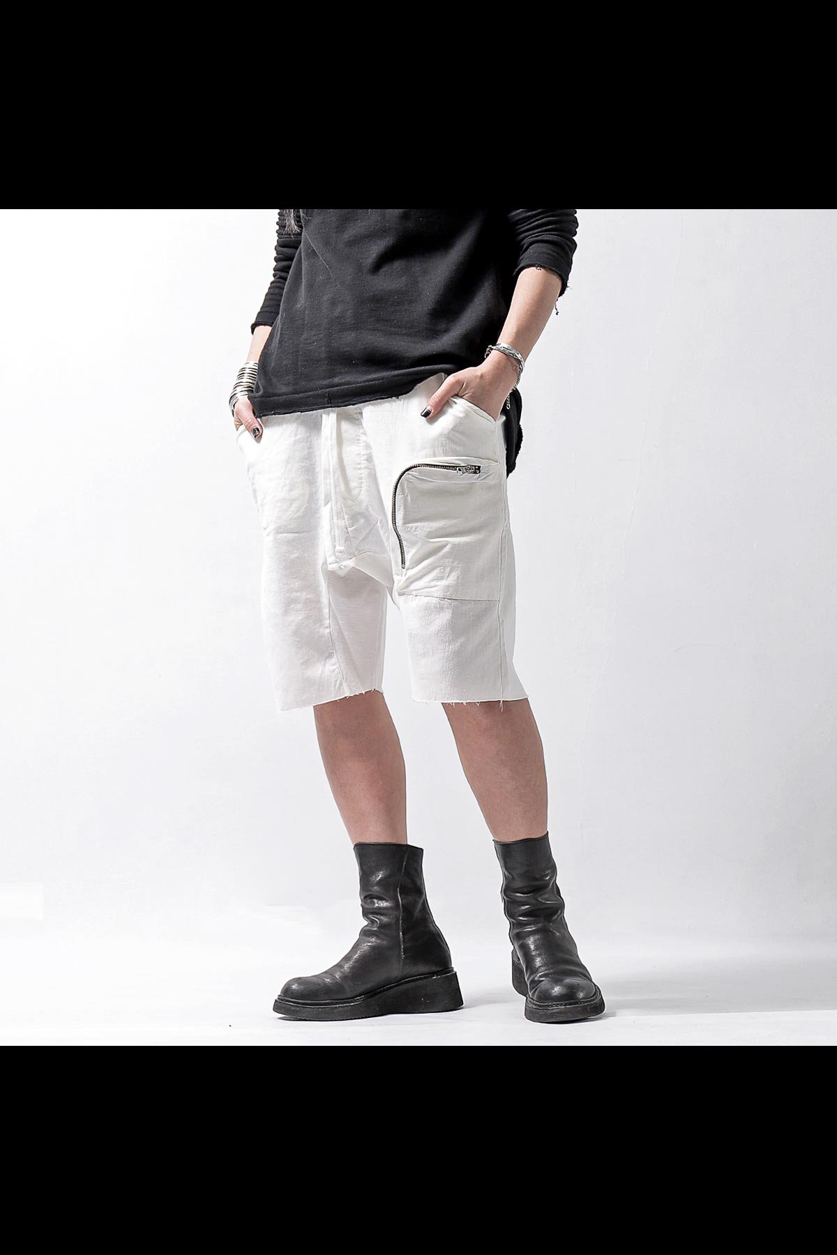 UNISEX POCKETED HALF PANTS MST225_WHITE