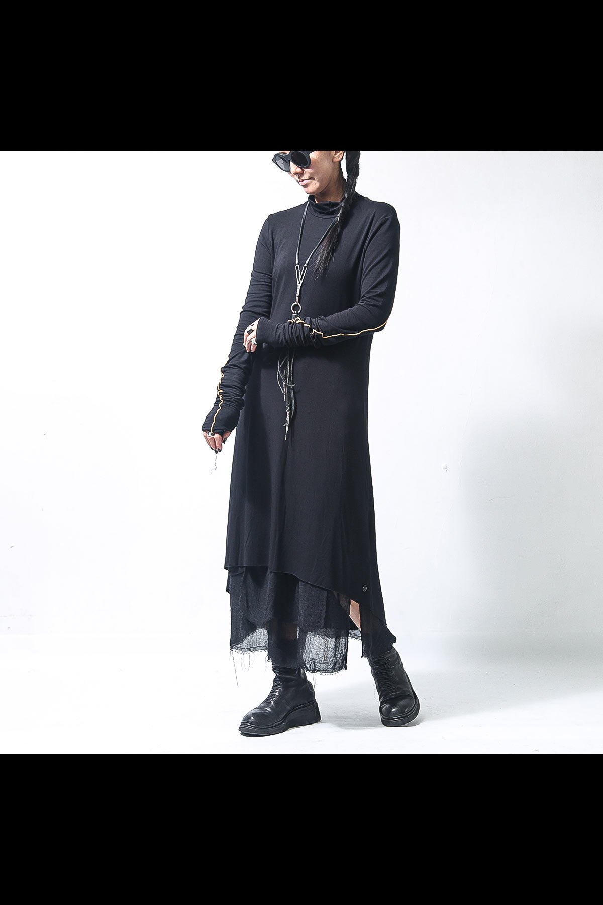 <img class='new_mark_img1' src='https://img.shop-pro.jp/img/new/icons56.gif' style='border:none;display:inline;margin:0px;padding:0px;width:auto;' />STITCHED ASYMMETRIC DRESS D61_BLACK