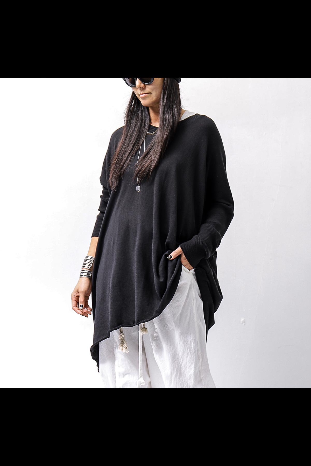 <img class='new_mark_img1' src='https://img.shop-pro.jp/img/new/icons8.gif' style='border:none;display:inline;margin:0px;padding:0px;width:auto;' />UNISEX OVERSIZED COCOON LONG TOPS VB1169/QM_BLACK
