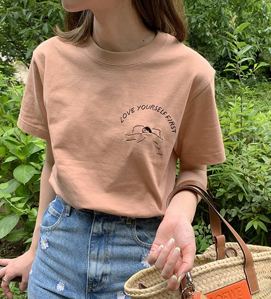 LOVE YOURSELF FIRST Tee Coral Beige
