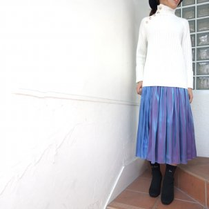 <img class='new_mark_img1' src='//img.shop-pro.jp/img/new/icons14.gif' style='border:none;display:inline;margin:0px;padding:0px;width:auto;' />NINE Metallic Bicolor Skirt