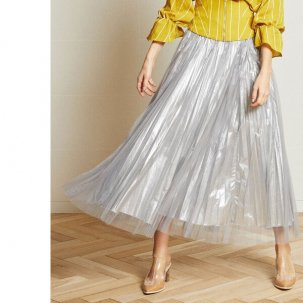 <img class='new_mark_img1' src='https://img.shop-pro.jp/img/new/icons14.gif' style='border:none;display:inline;margin:0px;padding:0px;width:auto;' />AULA AILA TULLE LAYERED PLEATS SKIRT