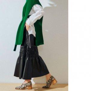 UN3D エコレザースカート