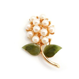SWOBODA(スワボダ)☆天然石ヒスイと本真珠 パールのお花のヴィンテージ・ブローチ