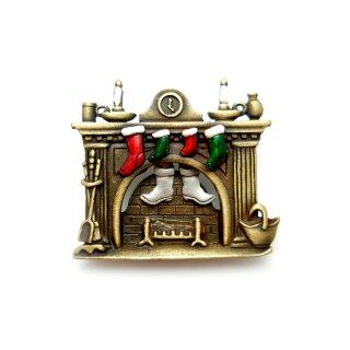 JJ(ジェイジェイ)☆煙突につっかかったサンタクロース クリスマス暖炉のヴィンテージ・ブローチ【デッドストック】