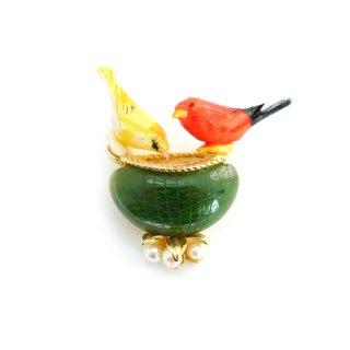 【レア】SWOBODA(スワボダ)☆天然石ジェイド&パール 2羽の小鳥とバードバスのヴィンテージ・ブローチ