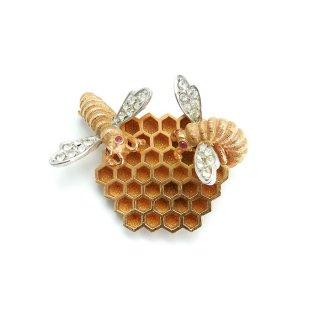 Boucher(ブーシェ)☆ミツバチと蜂の巣のヴィンテージ・ブローチ