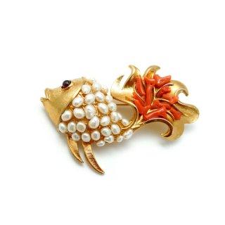 【送料無料】SWOBODA(スワボダ)☆天然の赤い枝珊瑚と淡水パールのお魚のヴィンテージ・ブローチ【デッドストック】