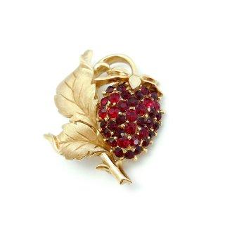 TRIFARI(トリファリ)☆ラインストーン 赤いストロベリー 苺のヴィンテージ・ブローチ