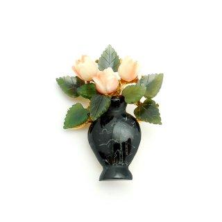 SWOBODA(スワボダ)☆天然石オニキスの花瓶 ヒスイと珊瑚のフラワーベースのヴィンテージ・ブローチ
