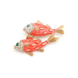 【レア】TRIFARI(トリファリ)☆コーラルピンク フィッシュ 泳ぐ2匹の魚のヴィンテージ・ブローチ