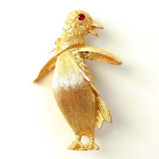 B.S.K.(ビーエスケイ)☆タキシードを着たペンギンのブローチ