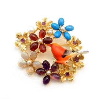 《送料無料》SWOBODA(スワボダ)☆マルチカラー天然石のお花畑と赤い小鳥のブローチ