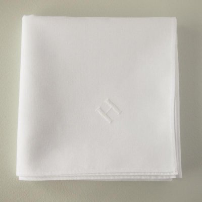 紳士のためのハンカチ 白糸刺繍
