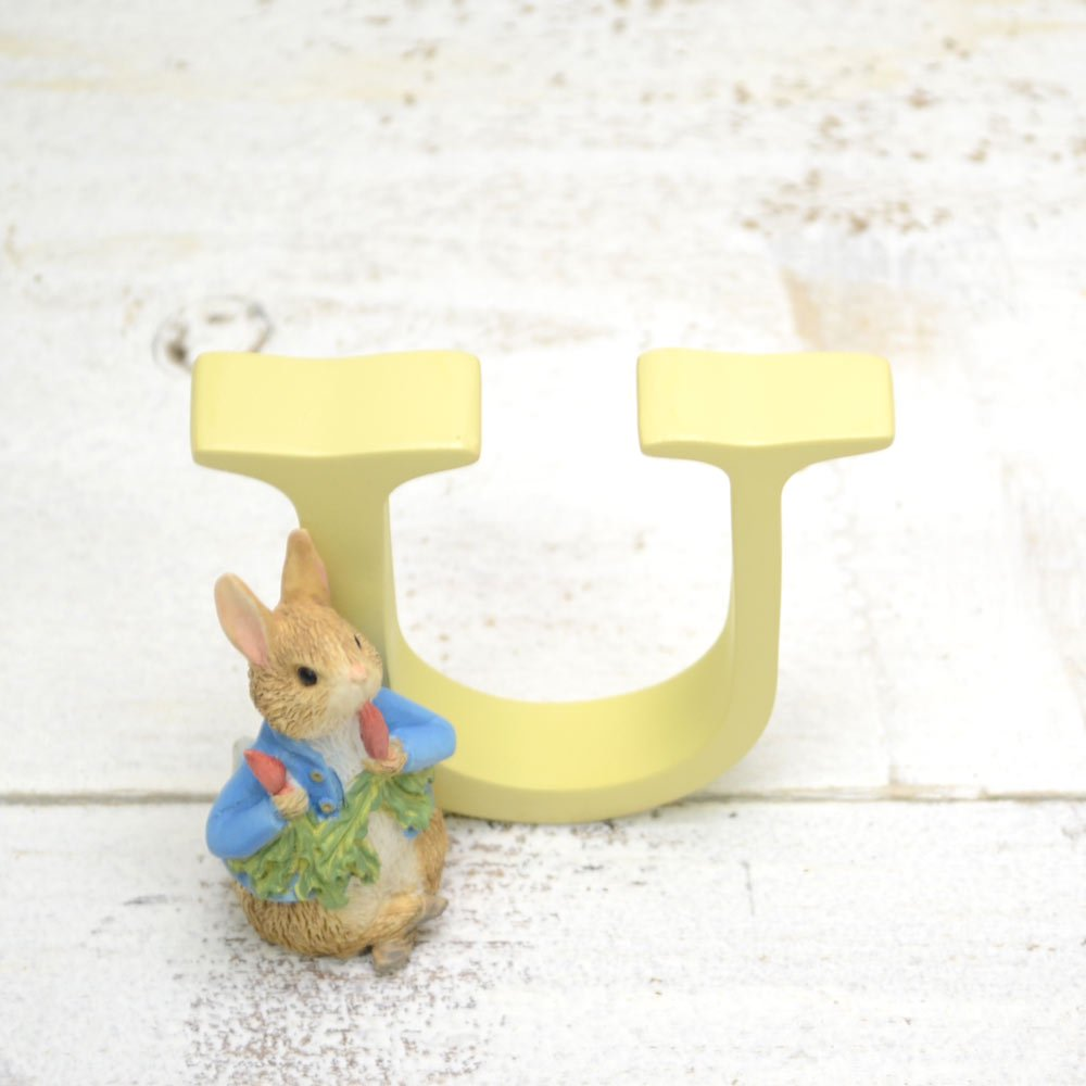 ピングー Enesco BP ミニフィギュア(U - PETER RABBIT WITH RADISHES) A5013 PR
