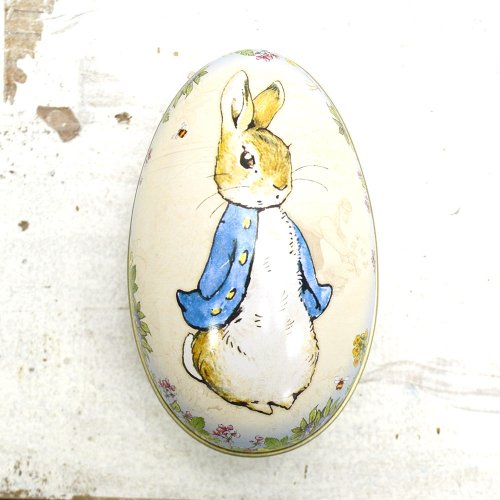 <img class='new_mark_img1' src='//img.shop-pro.jp/img/new/icons11.gif' style='border:none;display:inline;margin:0px;padding:0px;width:auto;' />Peter Rabbit  Medium Egg Tin BP2886 PR