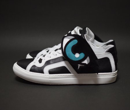 <img class='new_mark_img1' src='//img.shop-pro.jp/img/new/icons50.gif' style='border:none;display:inline;margin:0px;padding:0px;width:auto;' />PIERRE HARDY O ROY SNEAKER BLACK