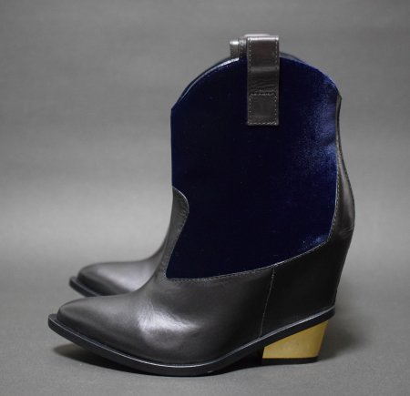 <img class='new_mark_img1' src='//img.shop-pro.jp/img/new/icons50.gif' style='border:none;display:inline;margin:0px;padding:0px;width:auto;' />GIUSEPPE ZANOTTI VELVET WESTERN BOOTS