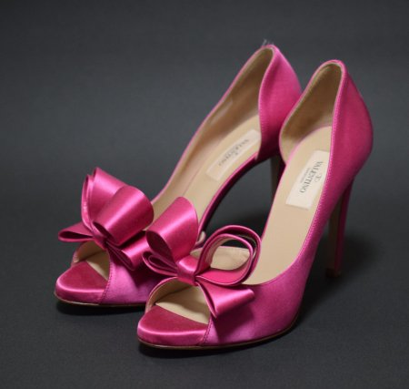 <img class='new_mark_img1' src='//img.shop-pro.jp/img/new/icons50.gif' style='border:none;display:inline;margin:0px;padding:0px;width:auto;' />VALENTINO GARAVANI RIBBON OPEN TOE PUMPUS
