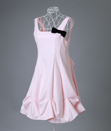 <img class='new_mark_img1' src='https://img.shop-pro.jp/img/new/icons50.gif' style='border:none;display:inline;margin:0px;padding:0px;width:auto;' />ROYAL STYLE APRON WHIP PINK