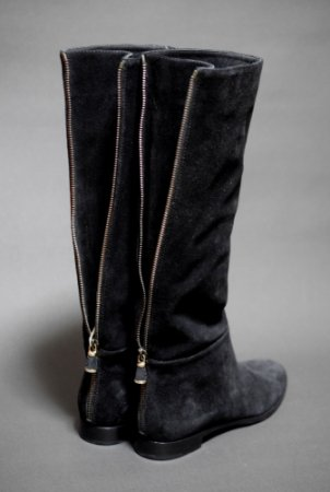 <img class='new_mark_img1' src='https://img.shop-pro.jp/img/new/icons50.gif' style='border:none;display:inline;margin:0px;padding:0px;width:auto;' />SERGIO ROSSI  SUEDE JOCKEY  BOOTS