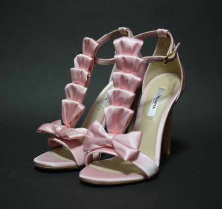 <img class='new_mark_img1' src='//img.shop-pro.jp/img/new/icons15.gif' style='border:none;display:inline;margin:0px;padding:0px;width:auto;' />OLGANA PARIS SATIN RIBBON SANDAL