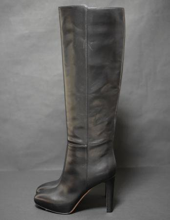 <img class='new_mark_img1' src='//img.shop-pro.jp/img/new/icons50.gif' style='border:none;display:inline;margin:0px;padding:0px;width:auto;' />GIANVITO ROSSI LONG BOOTS