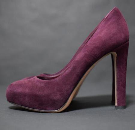 <img class='new_mark_img1' src='//img.shop-pro.jp/img/new/icons50.gif' style='border:none;display:inline;margin:0px;padding:0px;width:auto;' />GIANVITO ROSSI SUEDE PUMPUS