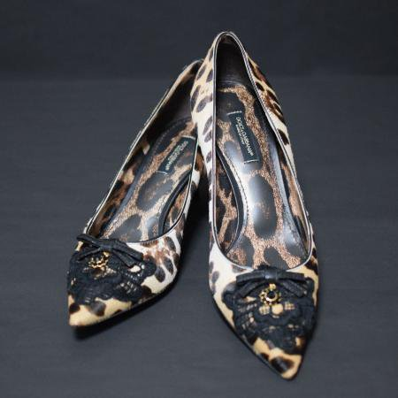 <img class='new_mark_img1' src='https://img.shop-pro.jp/img/new/icons50.gif' style='border:none;display:inline;margin:0px;padding:0px;width:auto;' />DOLCE&GABBANA LEOPARD PUMPS