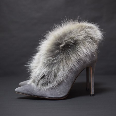 <img class='new_mark_img1' src='//img.shop-pro.jp/img/new/icons50.gif' style='border:none;display:inline;margin:0px;padding:0px;width:auto;' />GIANVITO ROSSI FUR&SUEDE PUMPUS