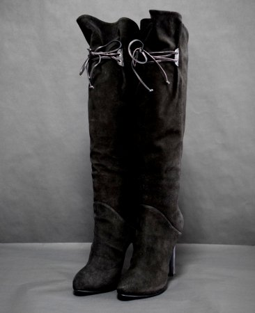 <img class='new_mark_img1' src='//img.shop-pro.jp/img/new/icons50.gif' style='border:none;display:inline;margin:0px;padding:0px;width:auto;' />GIUSEPPE ZANOTTI SUEDE KNEE HIGH BOOTS