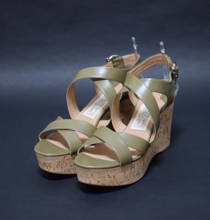 <img class='new_mark_img1' src='//img.shop-pro.jp/img/new/icons50.gif' style='border:none;display:inline;margin:0px;padding:0px;width:auto;' />SALVATORE FERRAGAMO WEDGE SANDAL