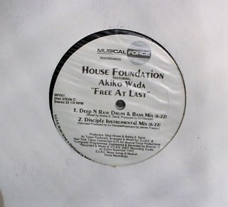 HOUSE FOUNDATION feat. AKIKO WADA / FREE AT LAST (USED 2×12INCH)
