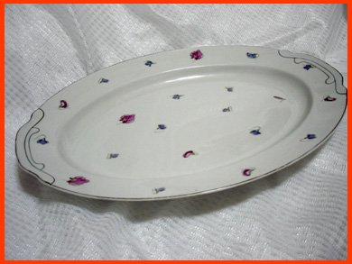 ☆昭和レトロの楕円大皿 サンドウィッチやオードブル 41cm×30cm