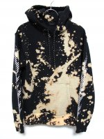 <img class='new_mark_img1' src='https://img.shop-pro.jp/img/new/icons47.gif' style='border:none;display:inline;margin:0px;padding:0px;width:auto;' />BLEACH CHECKER FLAME PULL HOODIE