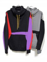 <img class='new_mark_img1' src='https://img.shop-pro.jp/img/new/icons47.gif' style='border:none;display:inline;margin:0px;padding:0px;width:auto;' />CRAZY PULL HOODIE