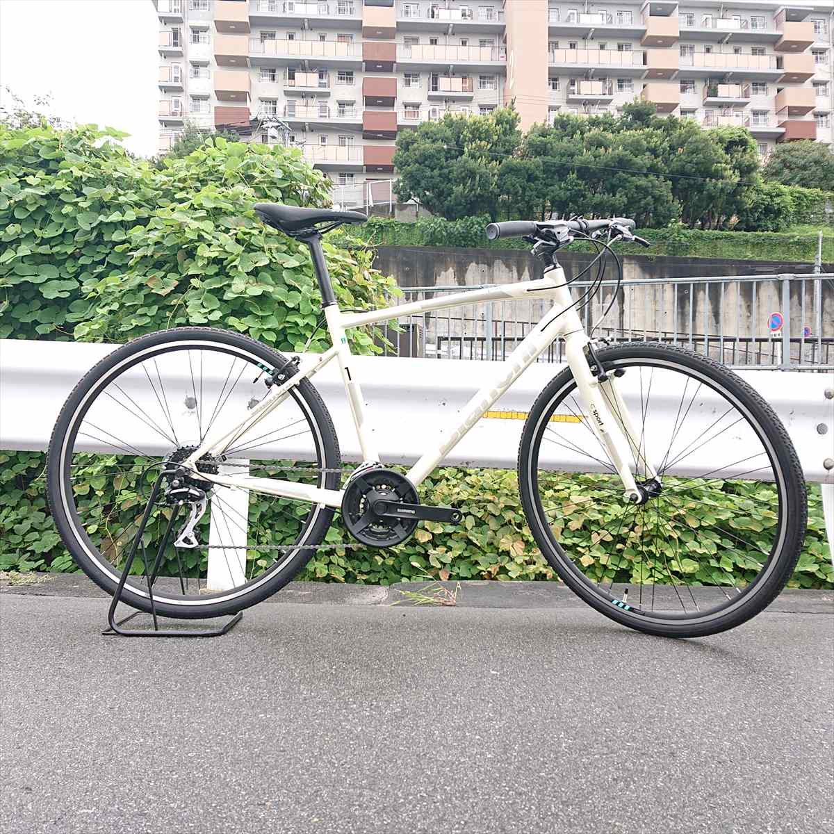 <img class='new_mark_img1' src='//img.shop-pro.jp/img/new/icons14.gif' style='border:none;display:inline;margin:0px;padding:0px;width:auto;' />Bianchi C-Sport