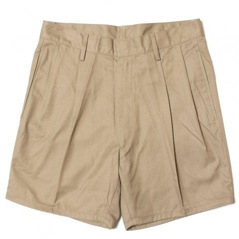 イタリア軍 A.M.I Shorts チノショーツ ショートパンツ カーキ ミリタリー (DEAD STOCK)