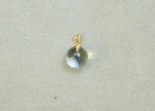水晶丸玉ペンダント
