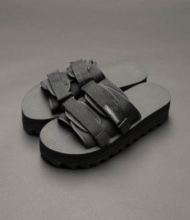 TEARS OF SWAN-SHARK SOLE VELCRO SANDAL