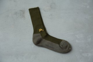 <img class='new_mark_img1' src='//img.shop-pro.jp/img/new/icons5.gif' style='border:none;display:inline;margin:0px;padding:0px;width:auto;' />WHIMSY SOCKS 40/1 EMJAY SOCKS(OLIVE)