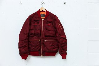 <img class='new_mark_img1' src='//img.shop-pro.jp/img/new/icons5.gif' style='border:none;display:inline;margin:0px;padding:0px;width:auto;' />MULTI POCKET BOMBER JACKET(MAROON)